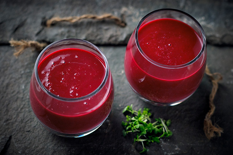 Salad cress and beetroot smoothie