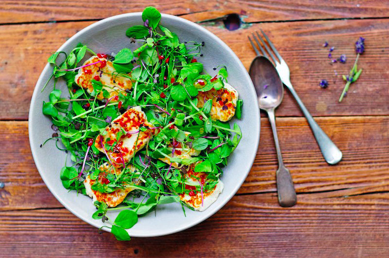 Sweet Chilli Halloumi with Pea Shoots & Microgreens