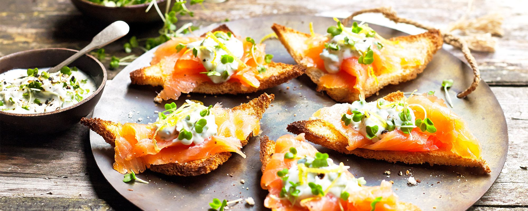 Smoked salmon and salad cress melba toasts